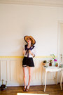 Tawny-vintage-hat-black-denim-cutoffs-vintage-shorts