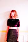 Ruby-red-vintage-top-gold-vintage-skirt-black-vintage-wedges