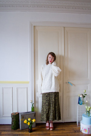 white vintage sweater - olive green vintage dress