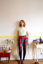 brick red vintage shoes - cream vintage sweater - black asos tights