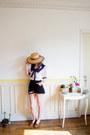 Tawny-vintage-hat-black-denim-cutoffs-vintage-shorts