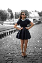 black classic dress - silver Accessorize necklace - black sandals