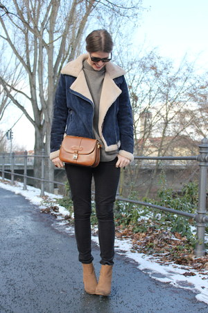 navy Oakwood jacket - tawny vintage bag