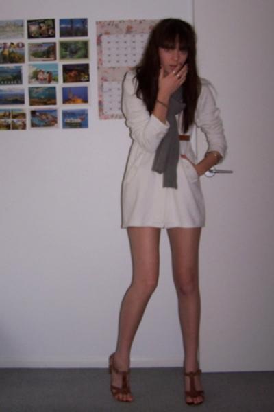 my sisters coat - Sportsgirl scarf - op shop belt - Sportsgirl shoes