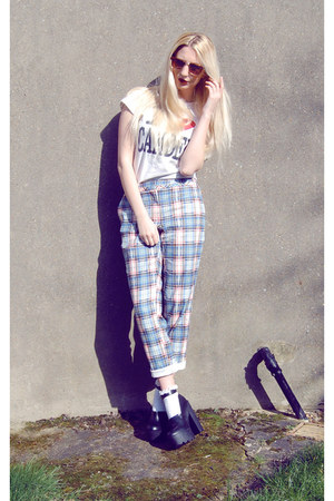 River Island shoes - River Island pants - Camden Market t-shirt