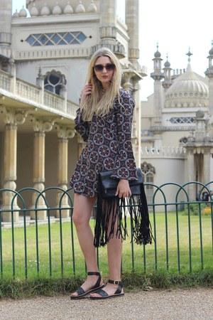 Boohoo dress - asos bag - H&M sunglasses - Clarks sandals
