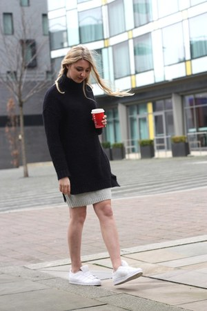 Zara jumper - South Avenue skirt - Adidas sneakers