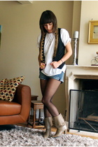 Zara vest - Hanes t-shirt - H&M shorts - Circa shoes