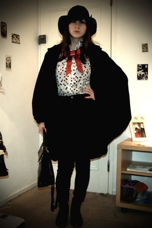 brooch Emily Jane accessories - cocoon H&M coat - vintage blouse