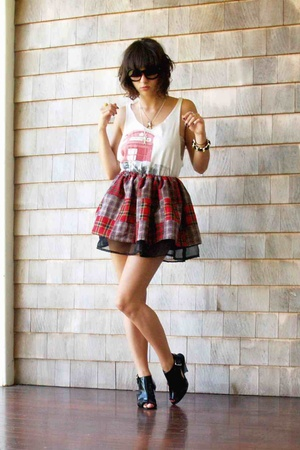 Marc Jacobs top - self-made skirt - f21 shoes - Chanel sunglasses
