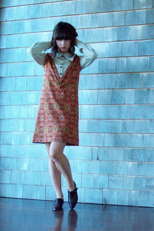 vintage dress - Urban Outfitters shoes