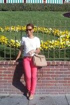 salmon Forever 21 jeans - white Forever21 sweater - burnt orange H&M belt - nude