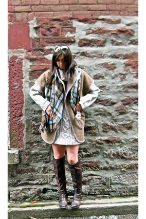 dark brown Browns boots - ivory Wildred sweater - sky blue wilfred scarf - brown