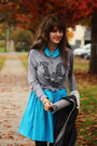 Turquoise-blue-dress-heather-gray-shirt-charcoal-gray-tights