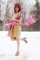 mustard floral dress - aquamarine polka dot shirt - pink scarf