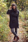 Bronze-boots-black-striped-dress-heather-gray-patterned-leggings