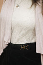 Navy-floral-leggings-white-lace-shirt-eggshell-cardigan-dark-green-skirt