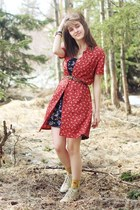 red floral dress - purple floral dress - eggshell boots