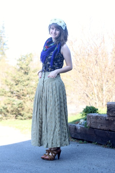 olive green forest skirt - purple floral dress - navy floral scarf