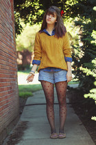 mustard sweater shirt - navy leaf-patterned shirt