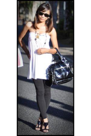 white Girlshoppe top - black leggings - black shoes - black purse - black Ray Ba