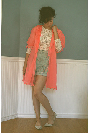 salmon sheer vintage blouse - periwinkle floral print Ralph Lauren shorts