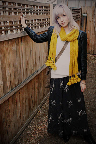 mustard Target scarf - black leather thrifted vintage jacket