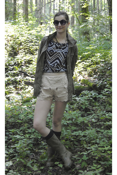 olive green H&M jacket - neutral H&M shorts - dark gray tribal print H&M top