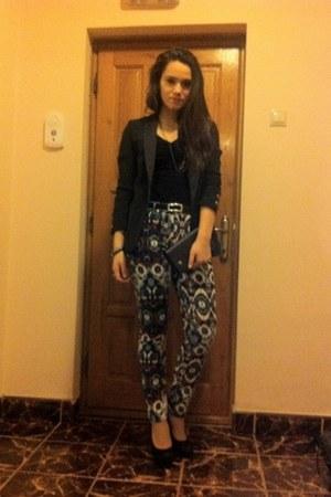 Zara blazer - Zara shirt - Zara pants - BSB pumps - meli melo necklace