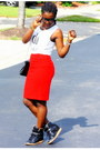 White-text-top-marshalls-t-shirt-red-velvet-michael-kors-skirt