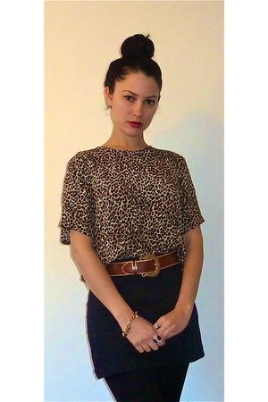top - belt - skirt - accessories