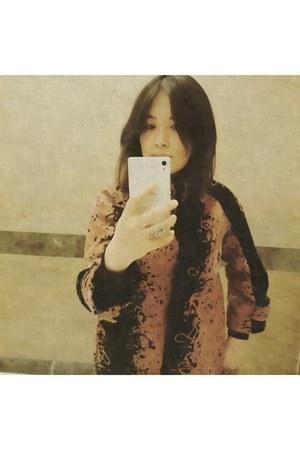 Isabelle Wen coat