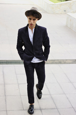 Zara blazer - Prada shoes - Zara pants - Topman hair accessory