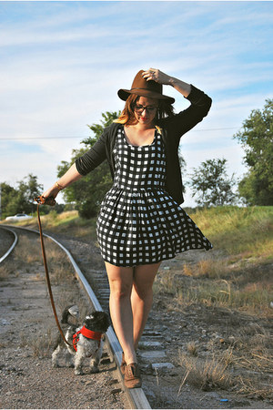 black gingham Forever 21 dress - brown oxfords Steve Madden shoes
