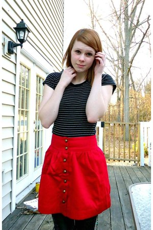 black f21 shirt - red f21 skirt - black f21 stockings