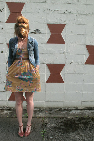 mustard Buffalo Exchange dress - sky blue H&M jacket - brown vintage wedges