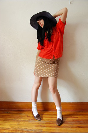 tan vintage skirt - navy ardenes hat - white winners socks - red vintage blouse