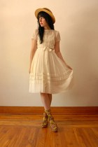 white vintage dress - vintage hat - Strathcona socks - Nine West wedges
