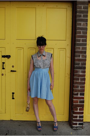 American Optical glasses - yaya blouse - vintage skirt - vintage purse - thrifte