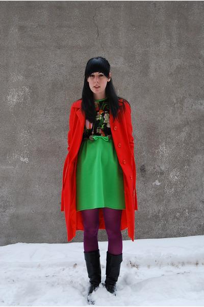 vintage boots - vintage dress - vintage coat - H&M tights - necklace