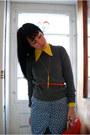 White-oxfords-vintage-shoes-zara-sweater-vintage-shirt-bright-orange-vinta