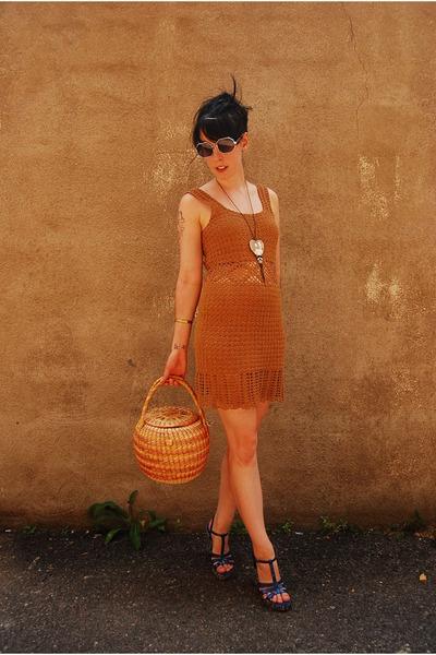 brown handmade vintage dress - vintage basket purse - silver vintage 60s glasses