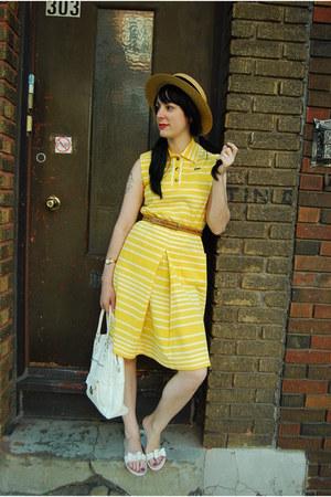 vintage dress - thrifted vintage hat - vintage bag - Mel sandals - thrifted vint