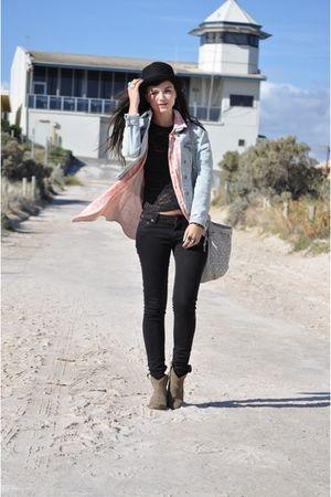 pink Sportsgirl shirt - black Levis jeans - black vintage top - blue JayJays jac