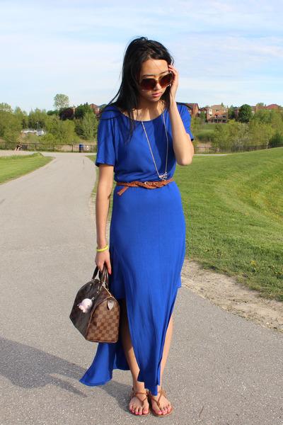 gold Haute1 necklace - blue Attitude dress - brown Louis Vuitton bag