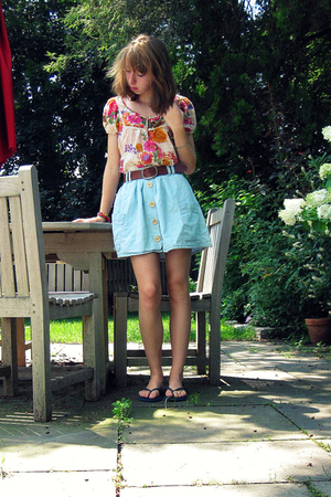 Urban Outfitters skirt - Old Navy shoes - H&M belt