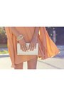 White-vintage-bag-nude-cape-wayne-cooper-dress-white-topshop-heels
