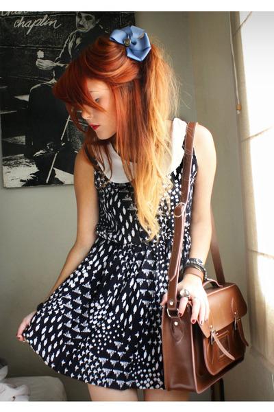 blue Chicwish dress - brown romwe bag