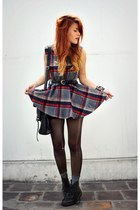 vintage belt - doc martens boots - gray Chicwish dress - wholesale bag