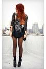 Amethyst-vintage-blouse-black-vintage-t-shirt